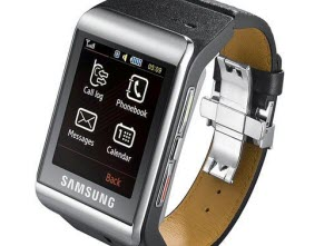 Samsung Leads the Way at Smartwatches
