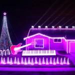 Amazing Star Wars Christmas Light Display (video)