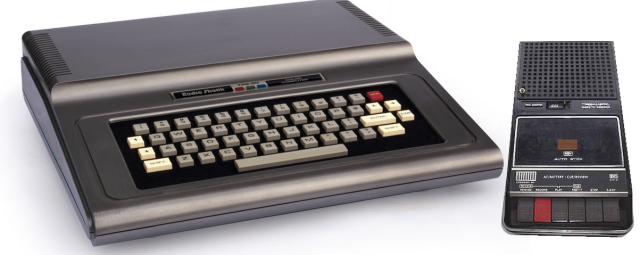 TRS-80_Color_Computer With Tapeplayer