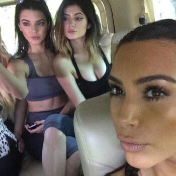 selfie-women