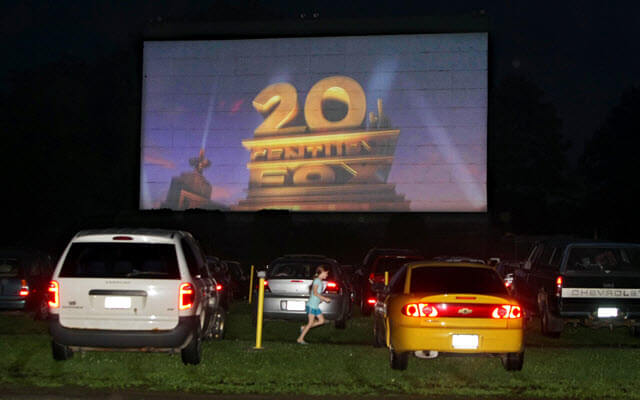 Will technology drive some movie theaters and drive ins for Drive in movie theaters still open