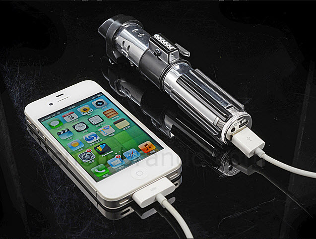 10 Top Star Wars Gadgets For The True Jedi pic 1