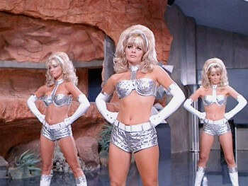 austin-powers-fembots-1