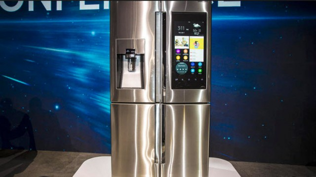 Samsungs Smart Fridge Or Robot Mom pic1