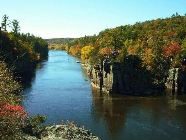 st-croix-river-taylors-falls