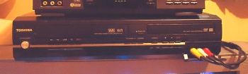 toshiba-vcr-dvd-recorder
